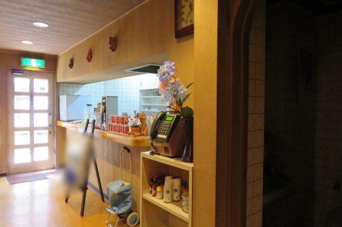 12.新宿5丁目喫茶店|店内・カウンター
