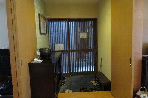17.牛込柳町戸建て|1F・玄関