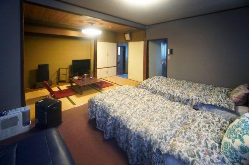 2.橋本旅館スタジオ|客室・和洋室