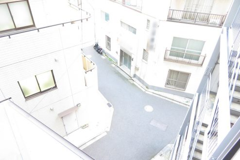 23.小川町雑居ビル|ベランダから下風景