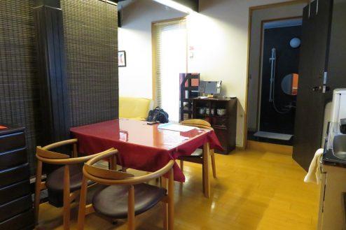23.牛込柳町戸建て|離れ洋室・キッチン
