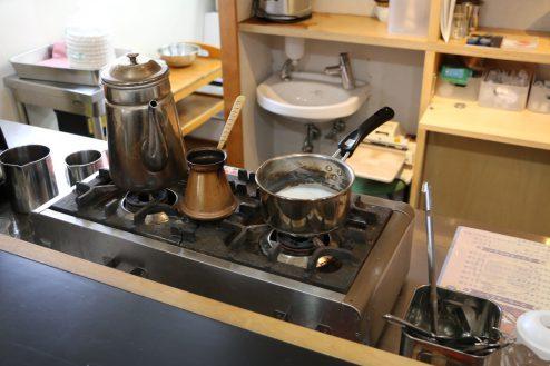 10.橋本珈琲キッチンスタジオ|厨房・コンロ
