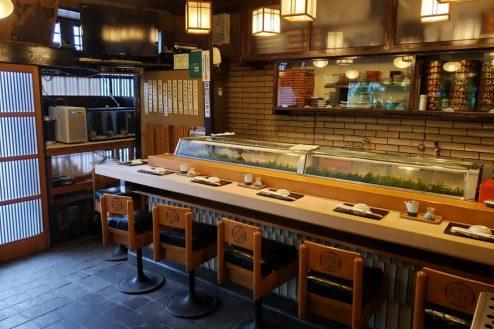 3.寿司屋・西葛西|1F店内・カウンター席(7席)