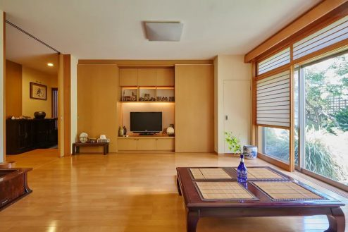 6.牛込柳町戸建て 1F・洋室(80㎡)