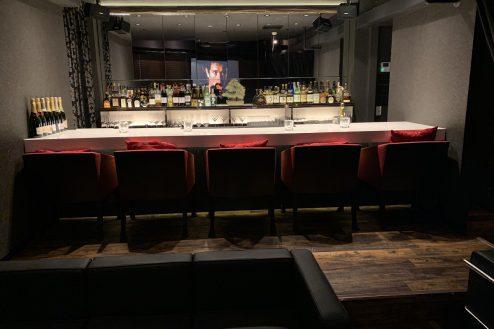 10.Hero's Bar|カウンター