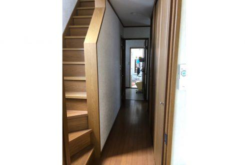 7.平塚戸建て|廊下・階段