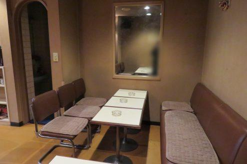 2.新宿5丁目喫茶店|店内