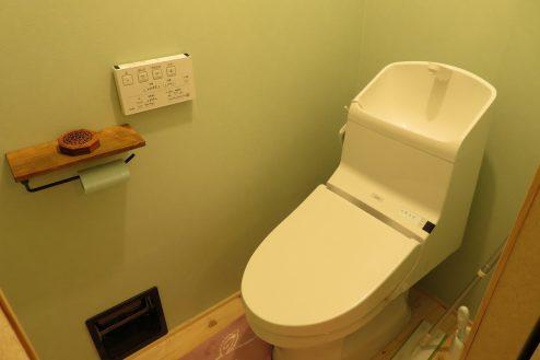 17.久地戸建て|トイレ