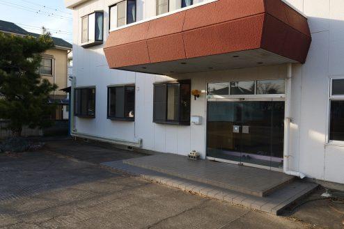 4.大型戸建スタジオ・旧ビジネスホテル|外観・正面入口