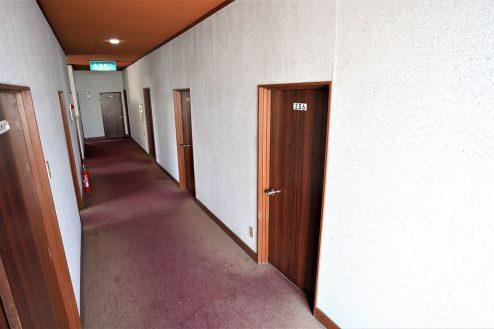 3.大型戸建スタジオ・旧ビジネスホテル|廊下