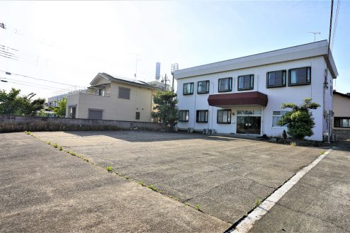1.大型戸建スタジオ・旧ビジネスホテル|外観・駐車場