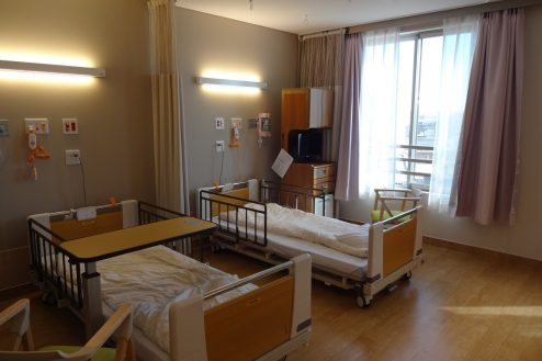 5.鶴見病院|4床病室