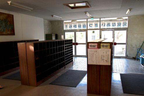 6.学校跡地スタジオ|正面玄関