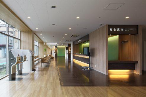 23.草加病院|総合受付