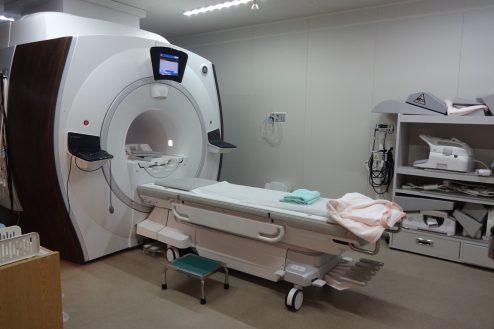 9.いろどりの国病院|MRI室