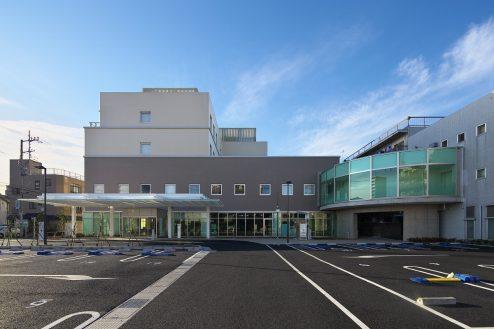 32.草加病院|外観