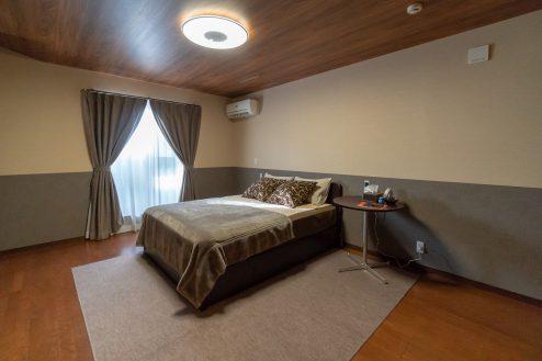 3..SUMIDA洋風スタジオ 2F・寝室