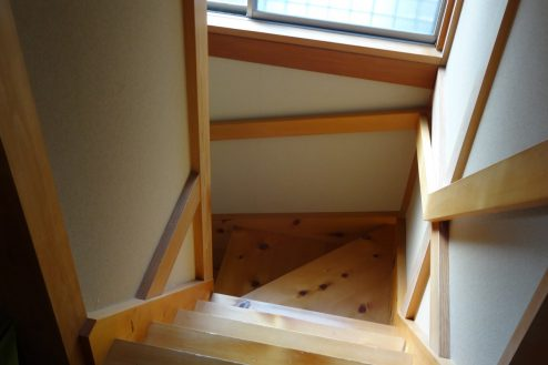 21.川崎市 日本家屋|階段