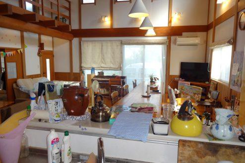 7.川崎市 日本家屋|リビング・キッチンからの風景