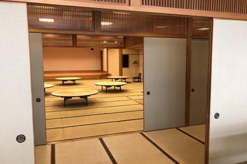 16.江戸一西新井館|3F小宴会場から舞台方面