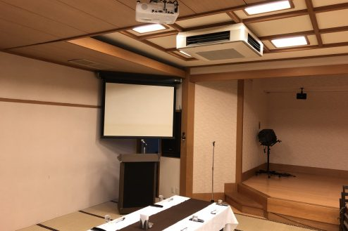 14.江戸一西新井館|3F宴会場・映写機
