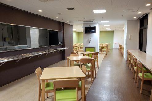 22.いろどりの国病院|食堂