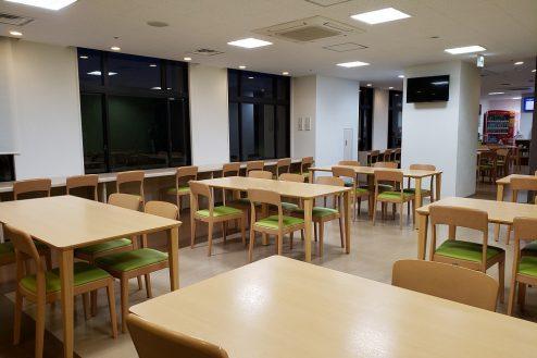 23.いろどりの国病院|食堂