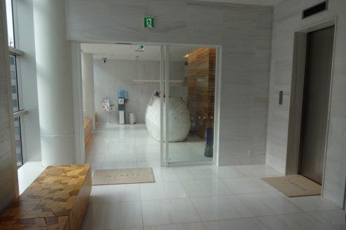 1.クオーツタワークリニック5階|入口・エレベーターホール