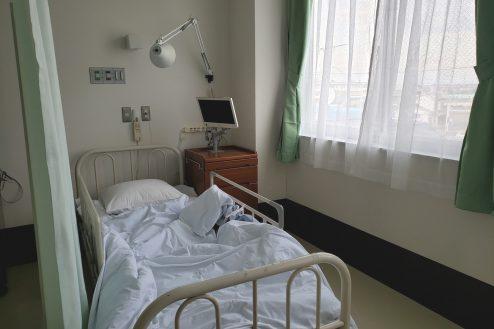 2.病院2棟貸しスタジオ|病室(4床)