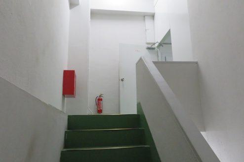 17.森下倉庫|内部・階段