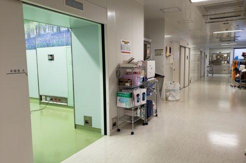 10.草加病院|手術室入口