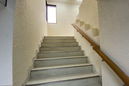 17.佐藤病院|階段