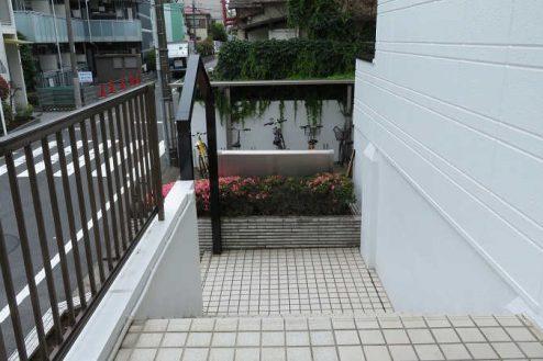 19.小竹向原マンション|共用部・外階段