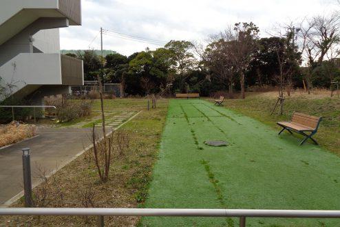18.横浜リハビリ病院|中庭