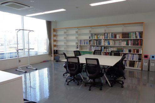 7.前橋クリニック|図書室