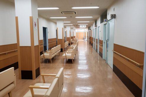 13.病院2棟貸しスタジオ|待合ロビー