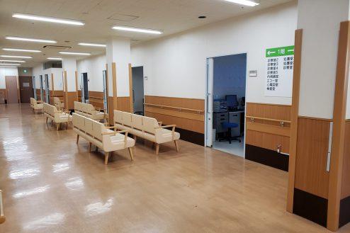 12.病院2棟貸しスタジオ|待合ロビー