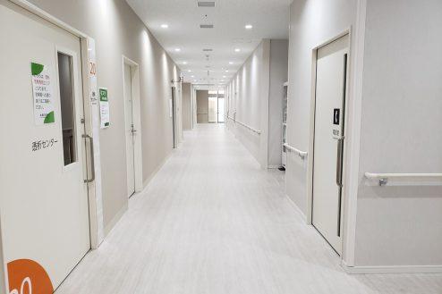 18.久喜病院|廊下