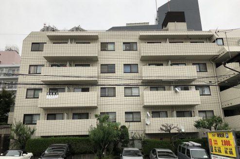 17.西新宿マンションスタジオ共用部 外観
