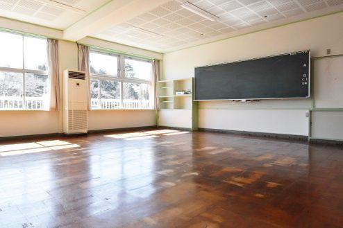 3.旧久住第二小学校|教室