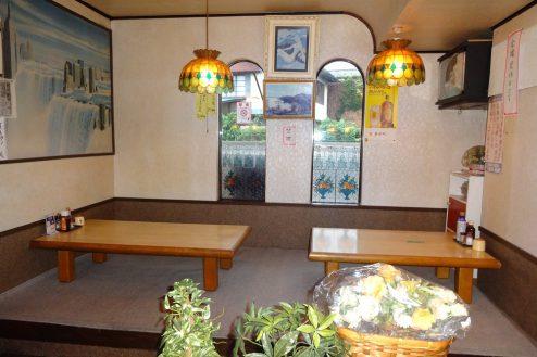 6.街の小さな洋食屋さん|店内・お座敷席