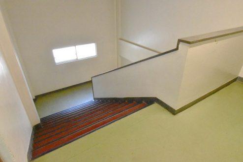 17.旧久住第二小学校|共用部・階段