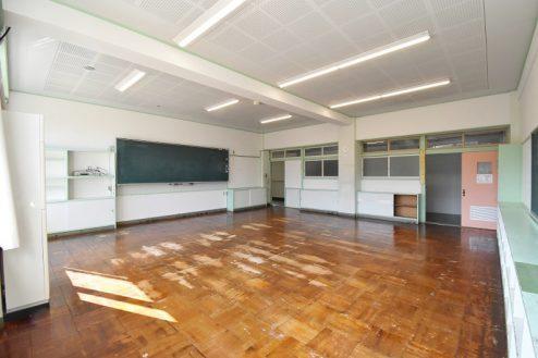 2.旧久住第二小学校|教室
