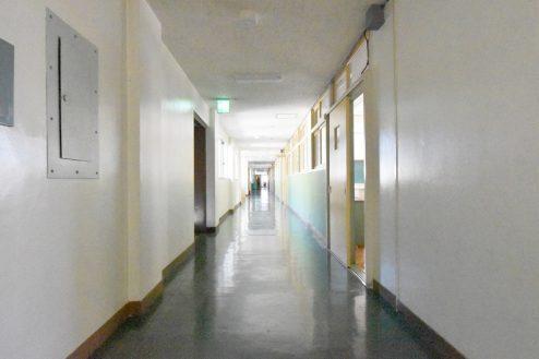 14.旧久住第二小学校|共用部・廊下