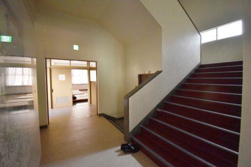 18.旧久住第二小学校|共用部・階段