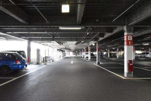26.ショッピングモール|駐車場