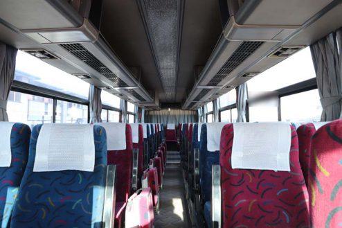 30.大型倉庫|バス車内
