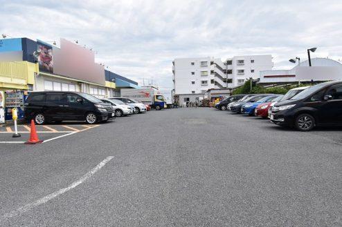 1.スーパーA|外観・駐車場