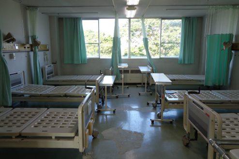 4.病院1棟貸しスタジオ|病室(6床)