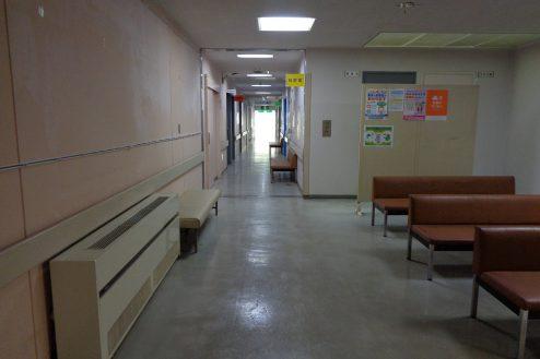 22.病院1棟貸しスタジオ|待合いスペース・廊下